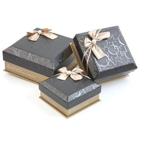 Коробка — куб 3 в 1, черная, буквы с бантом