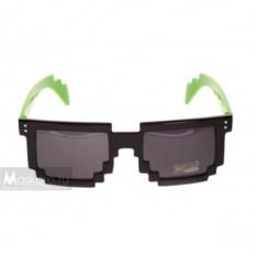 Пиксельные очки с зелеными дужками