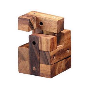 Головоломка Куб с гвоздями