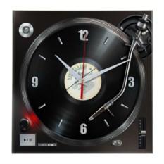 Настенные часы с изображением виниловой пластинки