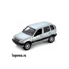 Модель машины Welly 1:34-39 Chevrolet Niva