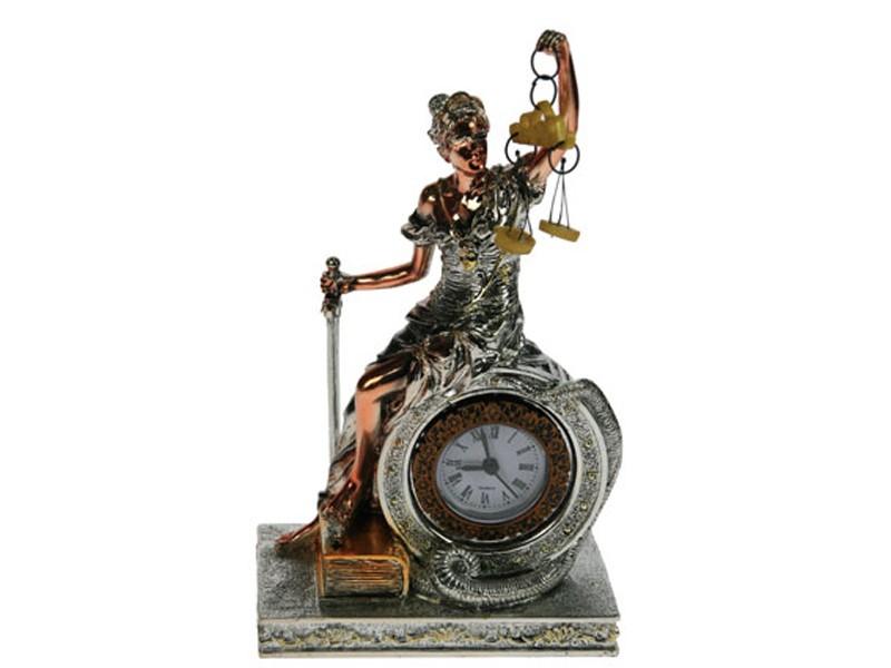 Статуэтка  с часами Греческая богиня правосудия – Фемида