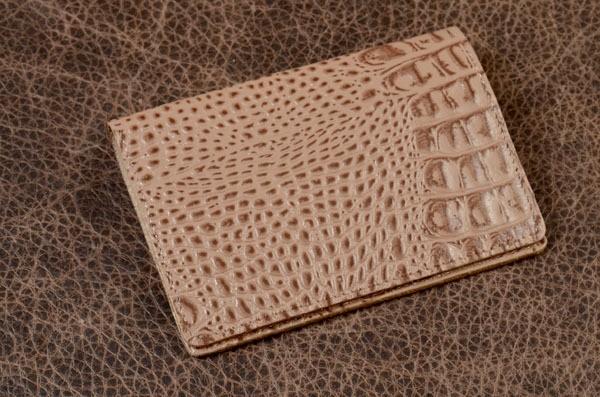 Обложка для паспорта Amelie из кожи (бежевый, кайман)