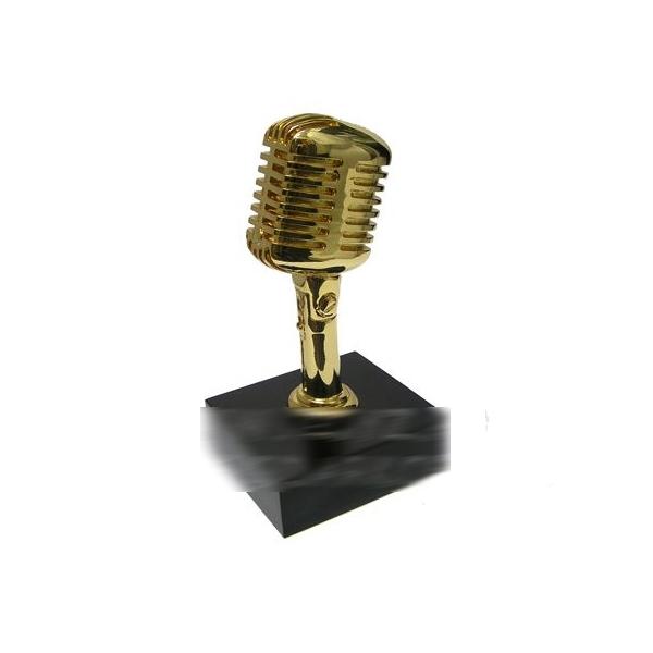 Скульптура «Микрофон»
