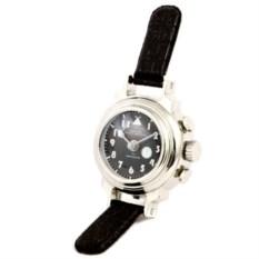 Настольные часы в виде наручных