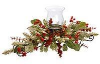 Декоративная заснеженная хвойно-флористическая композиция