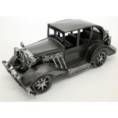 Модель автомобиля из металла