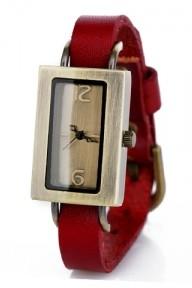 Красные часы Remembrance