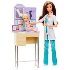 Игровой набор с Barbie Детский врач (Mattel)