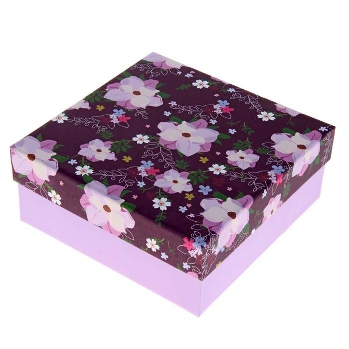 Красивая подарочная коробка