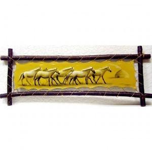 Картина на коже Табун лошадей