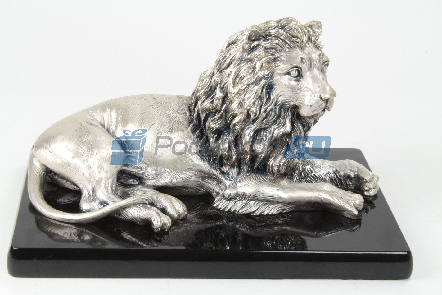 Скульптура Лев лежащий средний (на базе), посеребрение