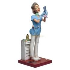 Скульптура Леди Дантист