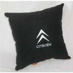 Черная с белой вышивкой подушка Citroen