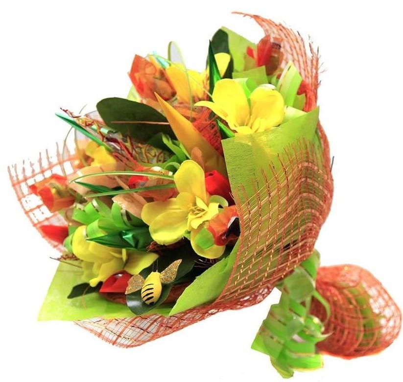 Зеленый букет из конфет Полевой букет
