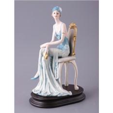Статуэтка Дама в кресле