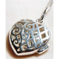 Серебряный открывающийся медальон с орнаментом Сердце