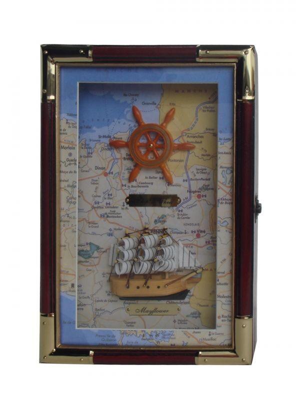 Ключница Штурвал и корабль