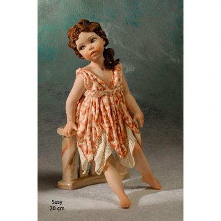 Фарфоровая статуэтка Susy