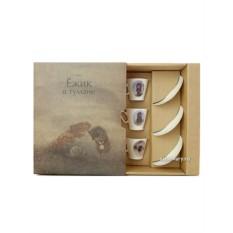Подарочный фарфоровый набор из трех кофейных пар