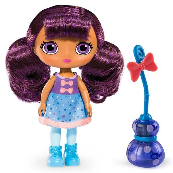 Кукла Little Charmers Lavender 20см с метлой (свет и звук)
