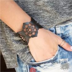 Кожаный браслет Черная орхидея
