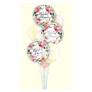 Свадебный букет «Цветы и сердца»
