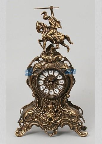 Каштановые часы из бронзы Всадник