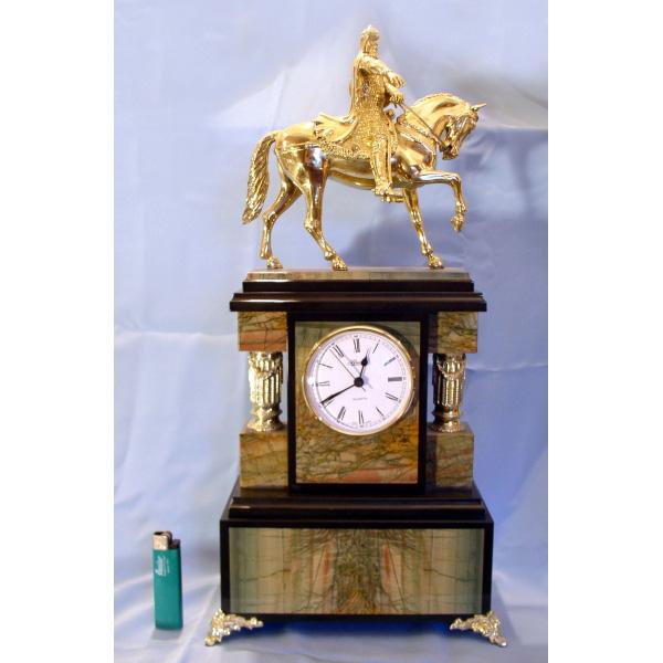 Часы «Юрий Долгорукий»