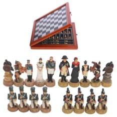 Шахматы в шкатулке Наполеон и Кутузов