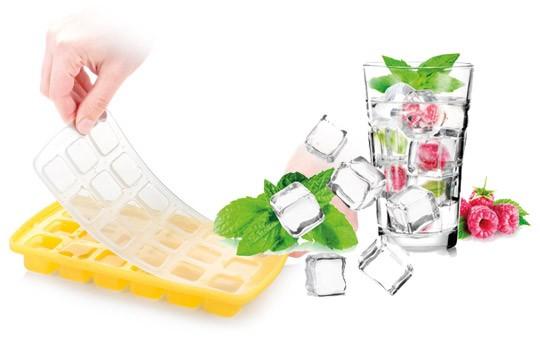 Форма для льда силиконовая с крышкой «Кубики»