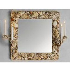 Зеркало с подсвечниками