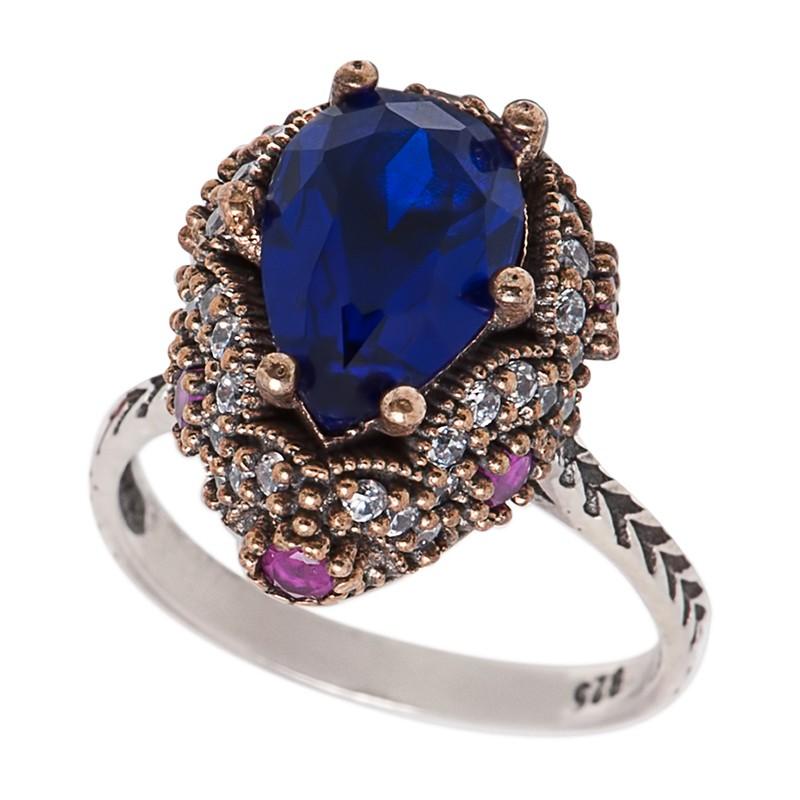 Перстень с цирконамии, рубинами и кианитами