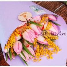 Букет конфет и цветов Тюльпаны (цвет: сиреневый)
