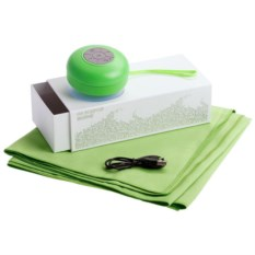 Зеленый набор На бодрой волне из колонки и полотенца
