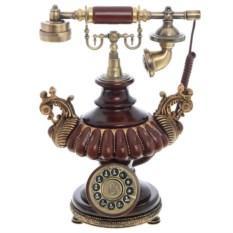 Старинный кнопочный телефонный аппарат