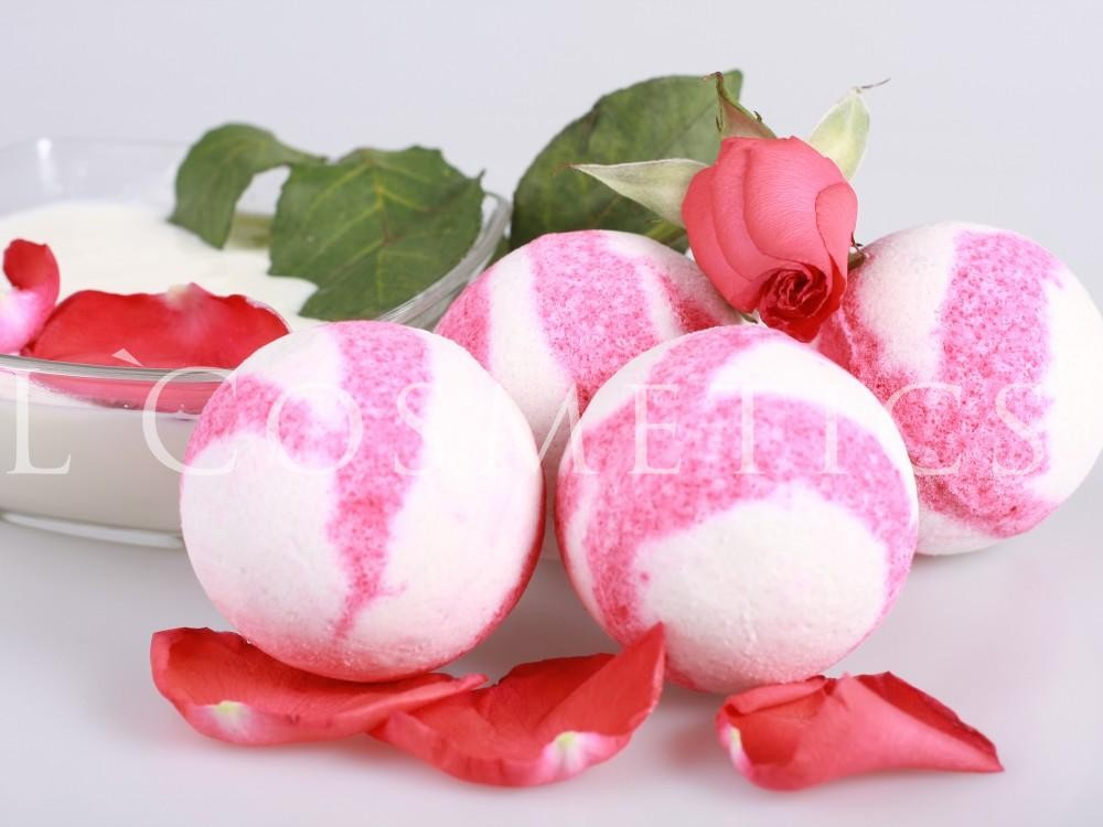 Бурлящие шарики для ванн с пеной Роза в молоке