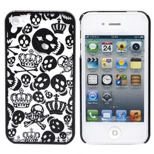 Чехол для iPhone 4/4S Funny Skulls (черный)