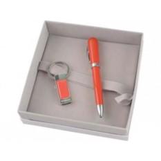 Набор Cacharel: брелок с флешкой 4 Гб и шариковая ручка