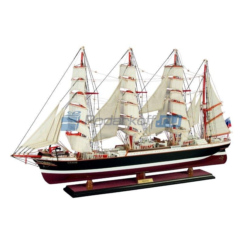 Корабль Седов