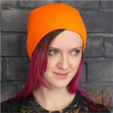 Оранжевая шапка бини