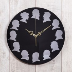 Черные настенные часы Классики