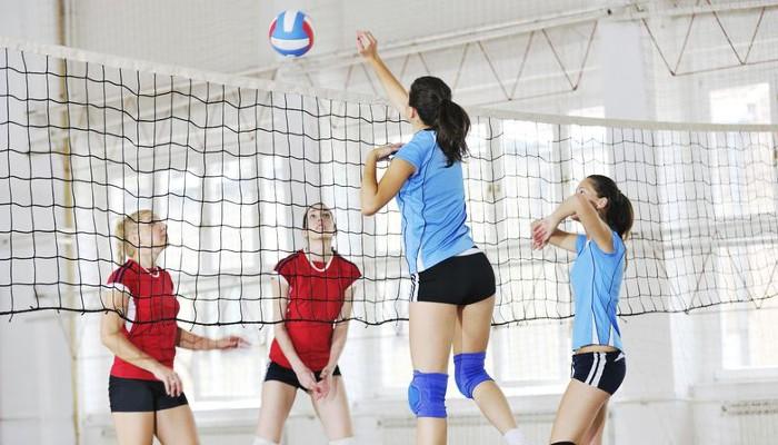 Обучение волейболу в школе «Залп»