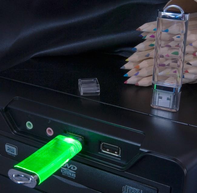 Флешка прозрачная Shine с зеленой подсветкой (8 Gb)