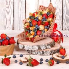 Букет конфет Первый ягодный