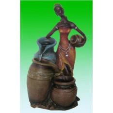 Декоративный фонтан Африканка и кувшины