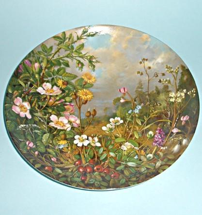 Коллекционная тарелка Цветы в лесу