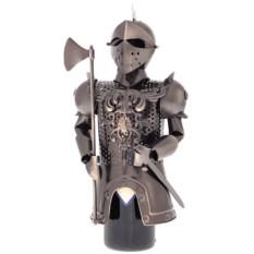 Подставка для бутылки Рыцарь с топором.