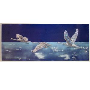 Картина из кристаллов «Лебеди»