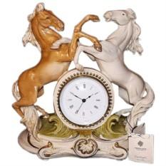 Фарфоровые часы Кони Porcellane Principe